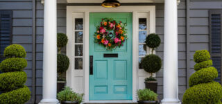 7 Reasons to Schedule Your Exterior House Painting This Spring